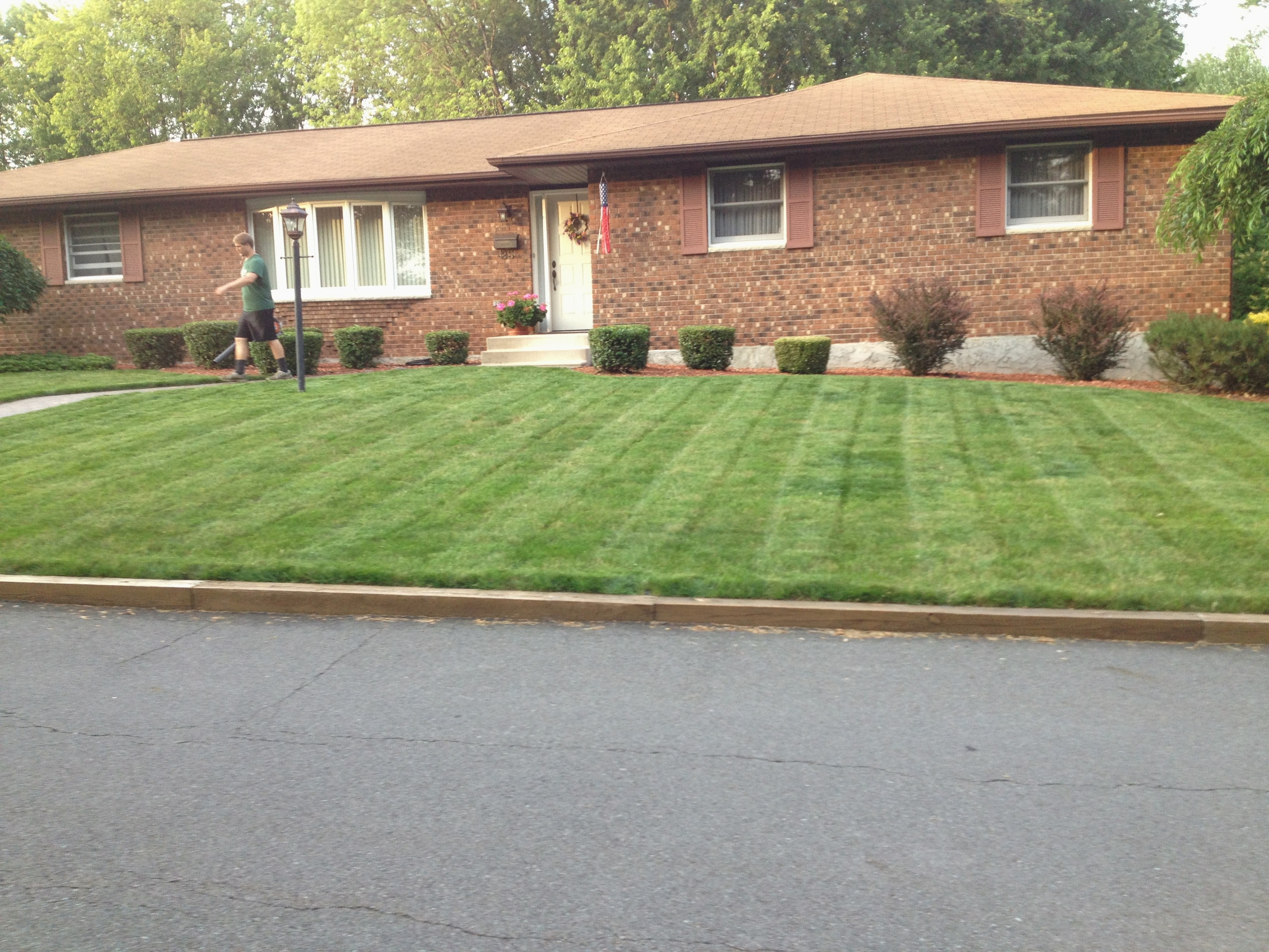 Northeast Pennsylvania Lawn Service and Maintenance
