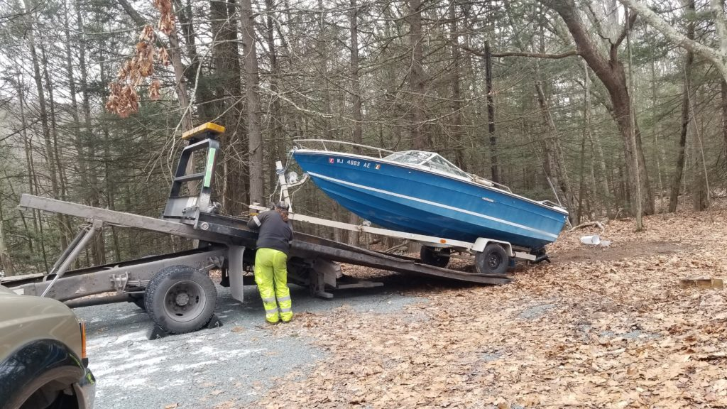 Lake Wallenpaupack, PA Boat Removal